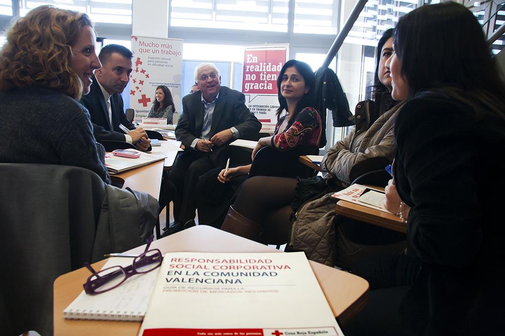Jornada de Cruz Roja CV para la promoción del empleo y la RSE entre el mundo empresarial
